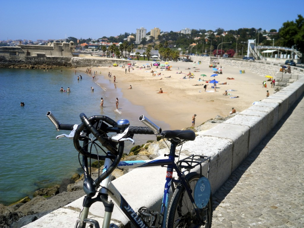 Cycling along Tejo.