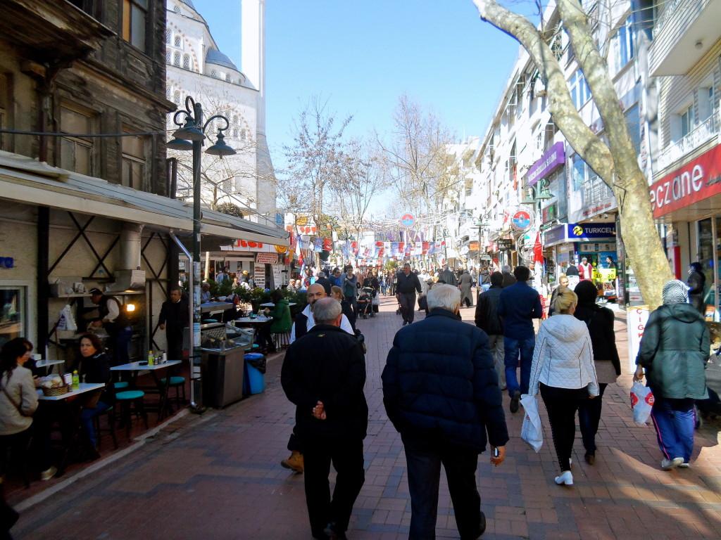 Maltepe street scene.
