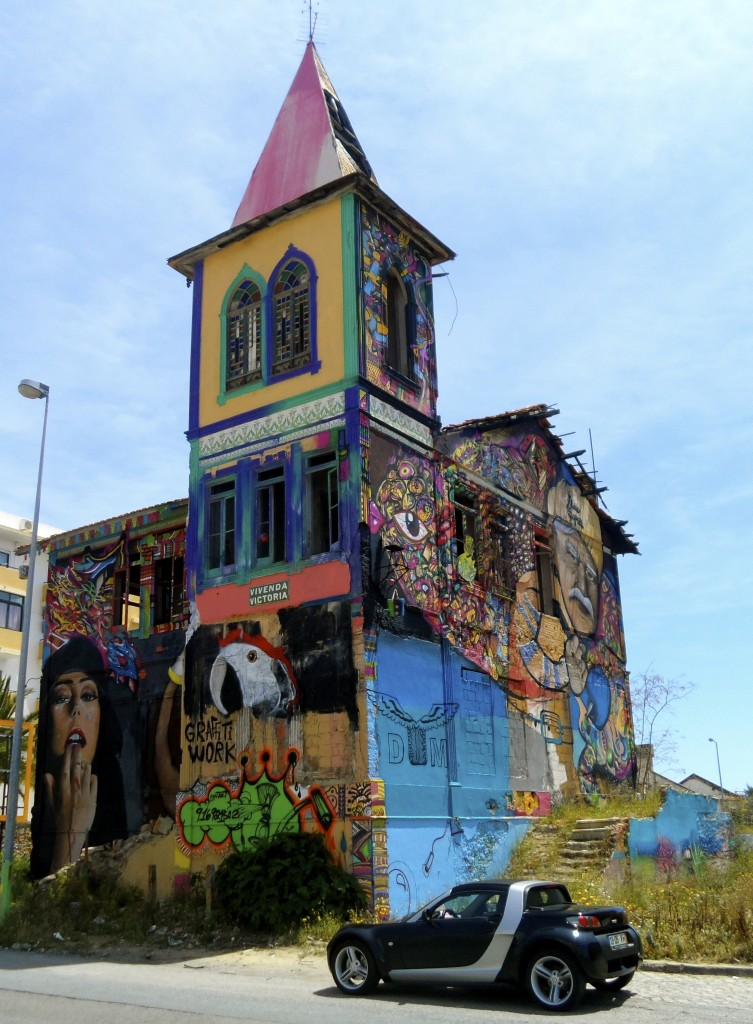Funky graffitti house in Olhao (it's not a church).