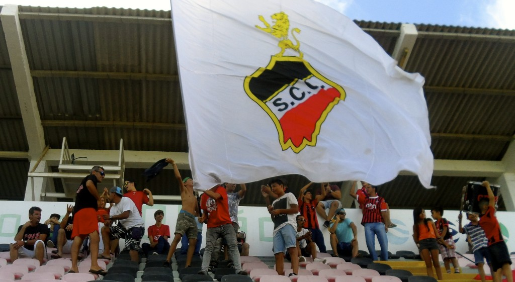 Olhanense supporters.