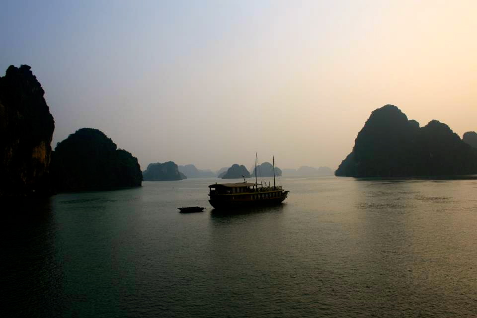 Overnight cruises are the best on Halong Bay.