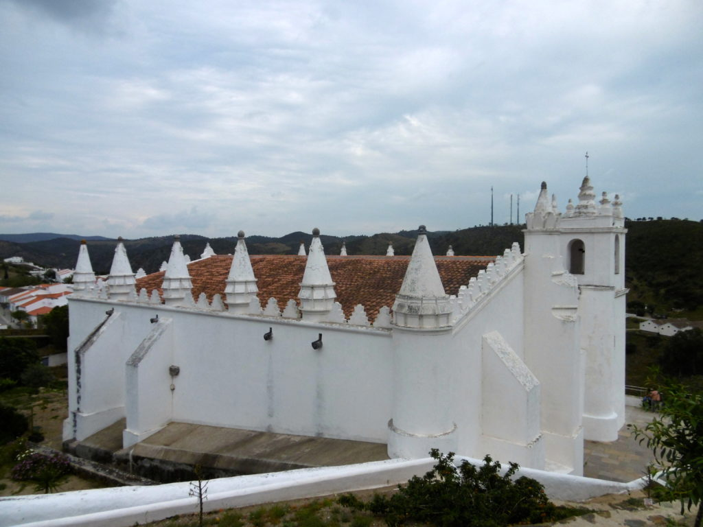 The main church in Mertola, build on top of what used to be a mosque.