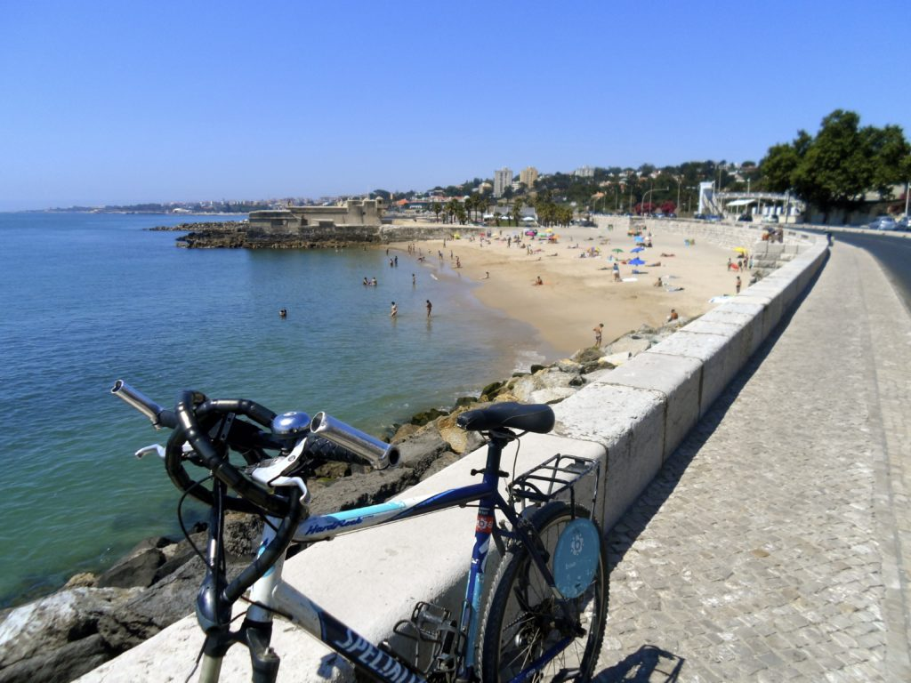 Spring cycling near Estoril.