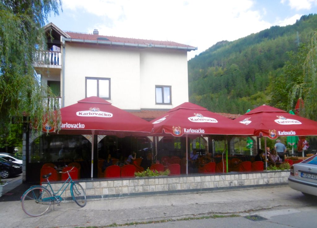 There is a nice little cafe next to the bridge in Jablanica.