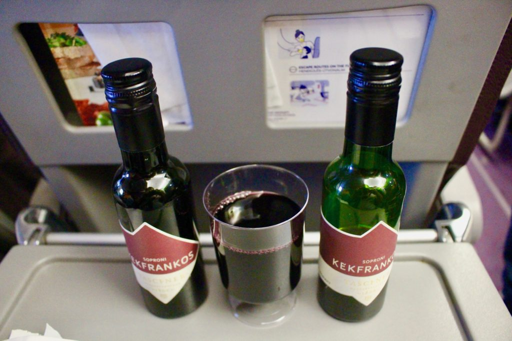 Hungarian wine on Wizzair.