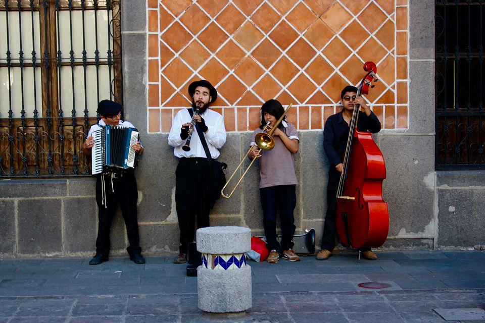 Some Mexican street musicians.
