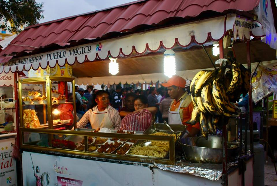 Food vendors in Chignahuapan.