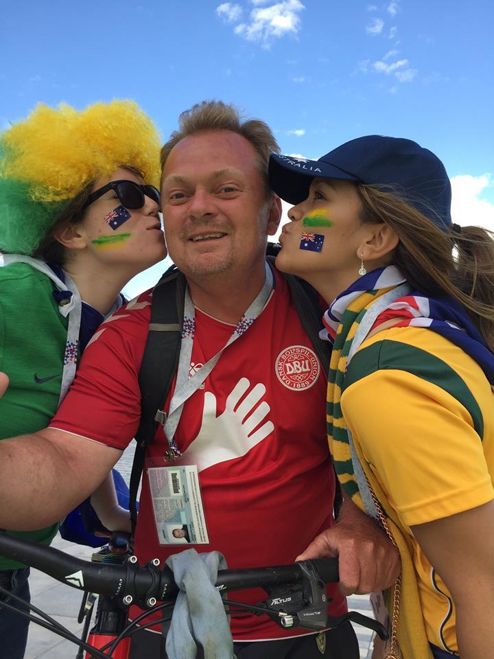 It's hard not to like the Australian fans :-)