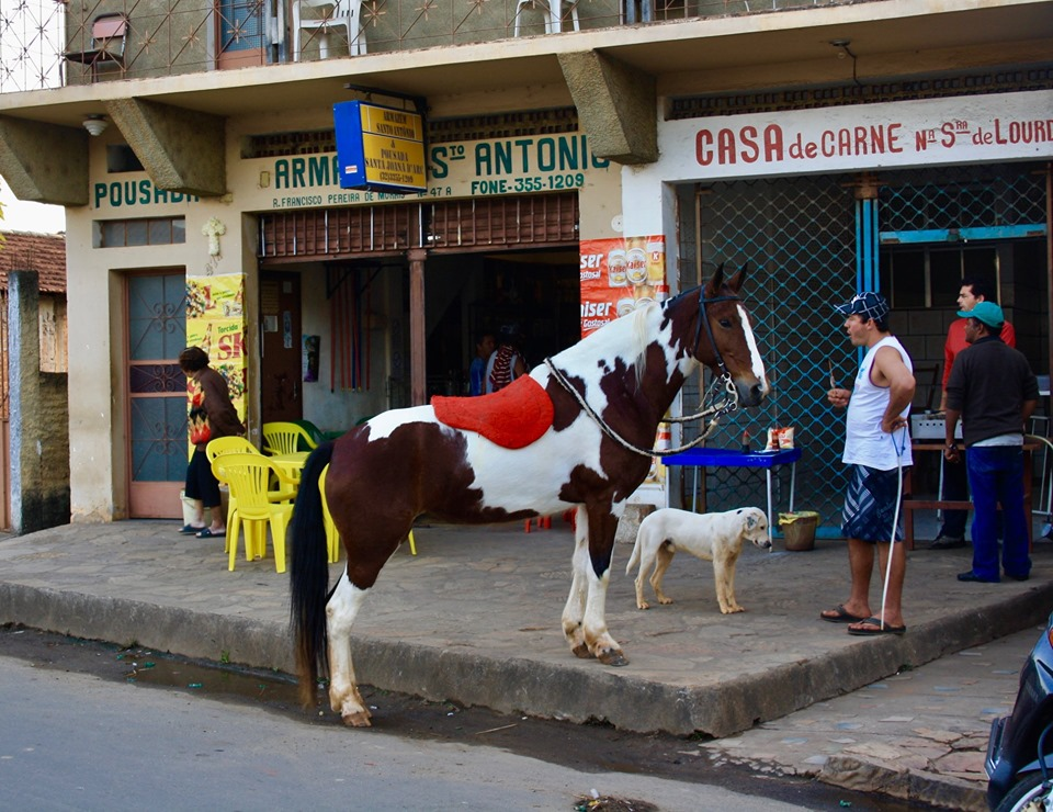 Horse parking in Minas Gerais.